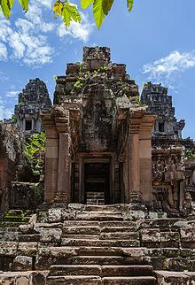 Ta_Keo,_Angkor,_Camboya,_2013-08-16,_DD_04
