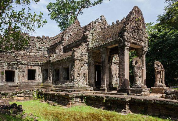 Preah_Khan,_Angkor,_Camboya,_2013-08-17,_DD_26