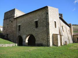 Carpineto_della_Nora_PE_-_Abbazia_di_San_Bartolomeo_12