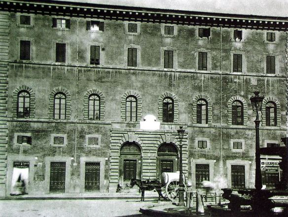 PalazzoDeiConvertendiAScossacavalli1920