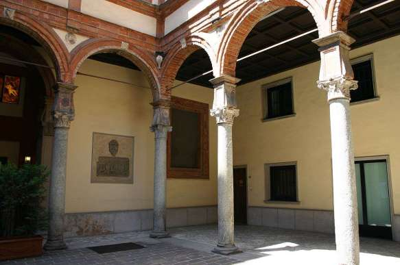Palazzo-pozzobonelli-isimbardi